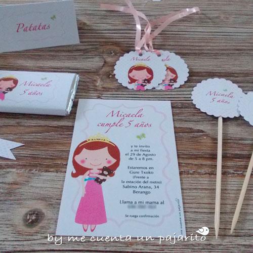 Invitación, etiquetas y toppers del cumpleaños de la princesa y su osito marrón