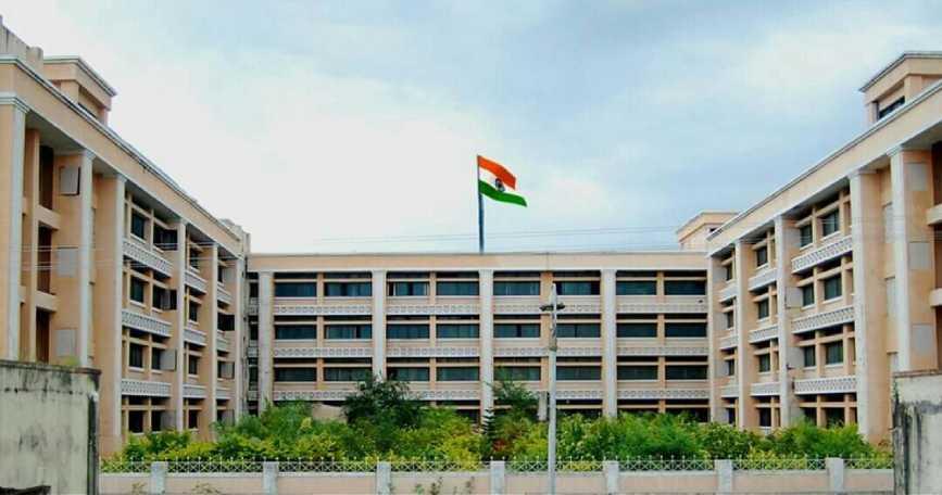 Swami Ramanand Tirth Rural Government  Medical College, Ambajogai