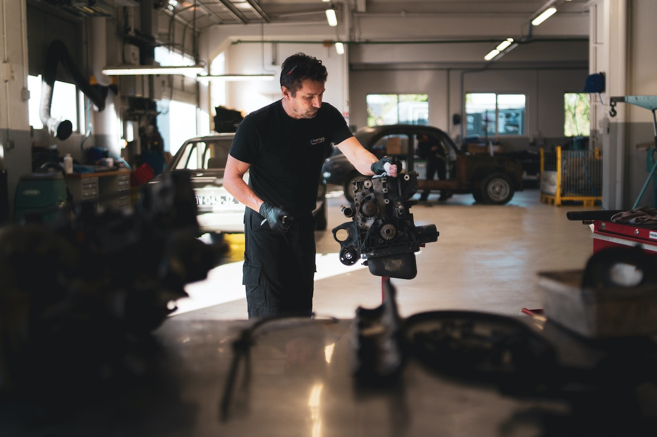 Peugeot announces restoration program starting with 205 GTi