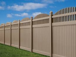 scalloped fence Image