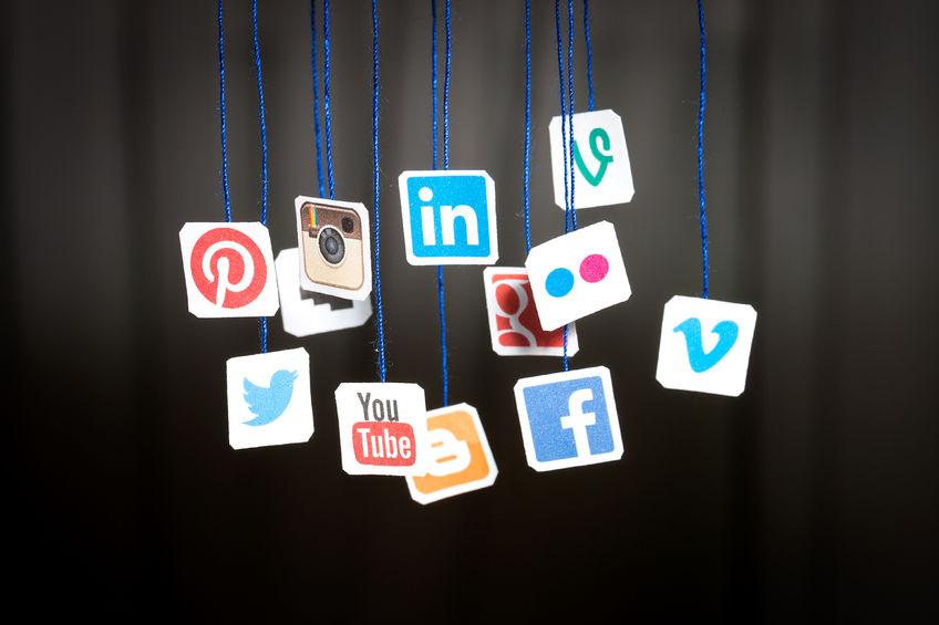 konten media sosial