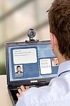 Auch Webinar-Ausschnitte oder Aufnahmen von der Webcam kann man für Info-Videos verwenden.