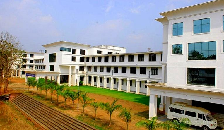 Annoor Dental College And Hospital, Ernakulam Image