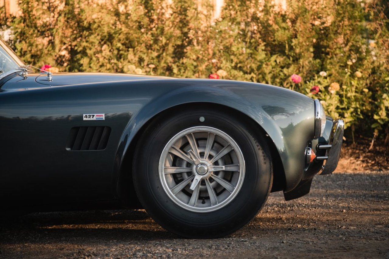 Carroll Shelby's personal 427 Cobra sells for $5.4m