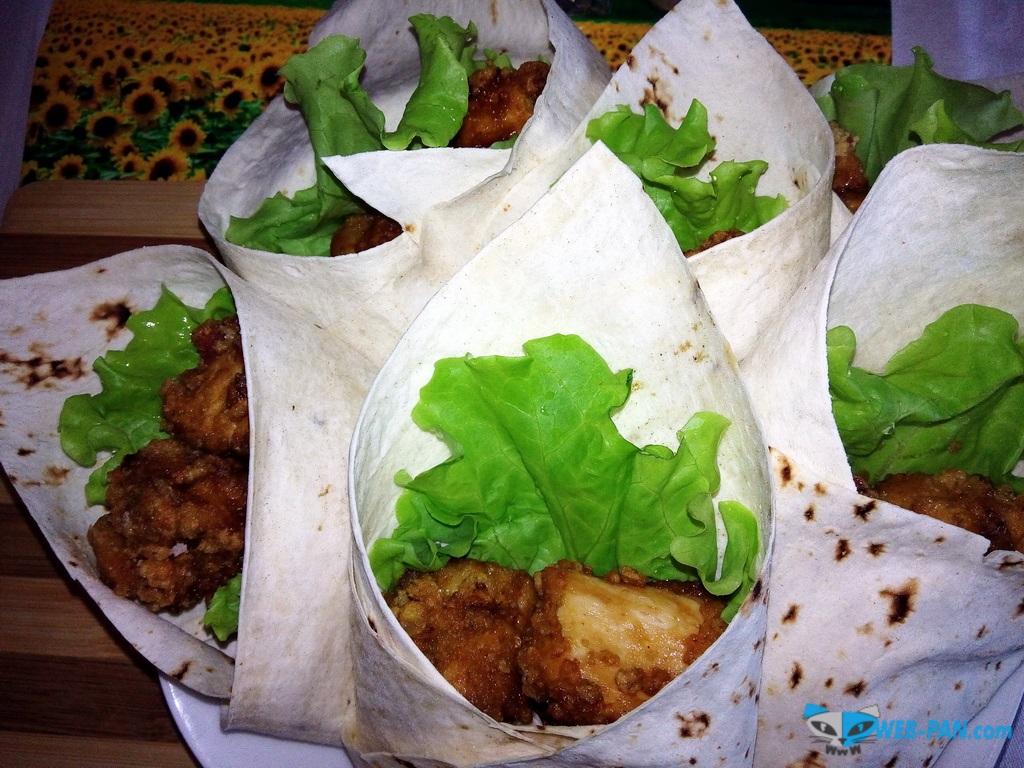 Наши блюда в четверг - куриный Карааге с друзьями!