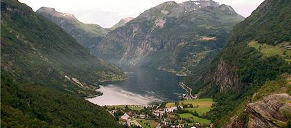 Der Geirangerfjord in Norwegen ist ein Ziel der Hurtigruten-Schiffe.