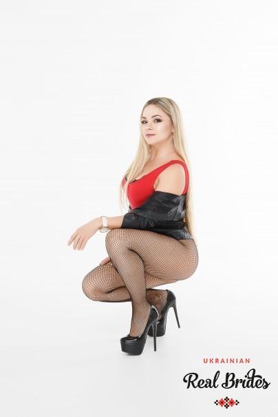 Photo gallery №12 Ukrainian lady Angela