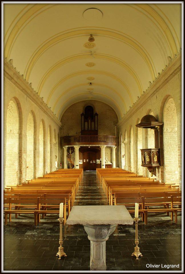 L'intérieur de l'église d'Haspres
