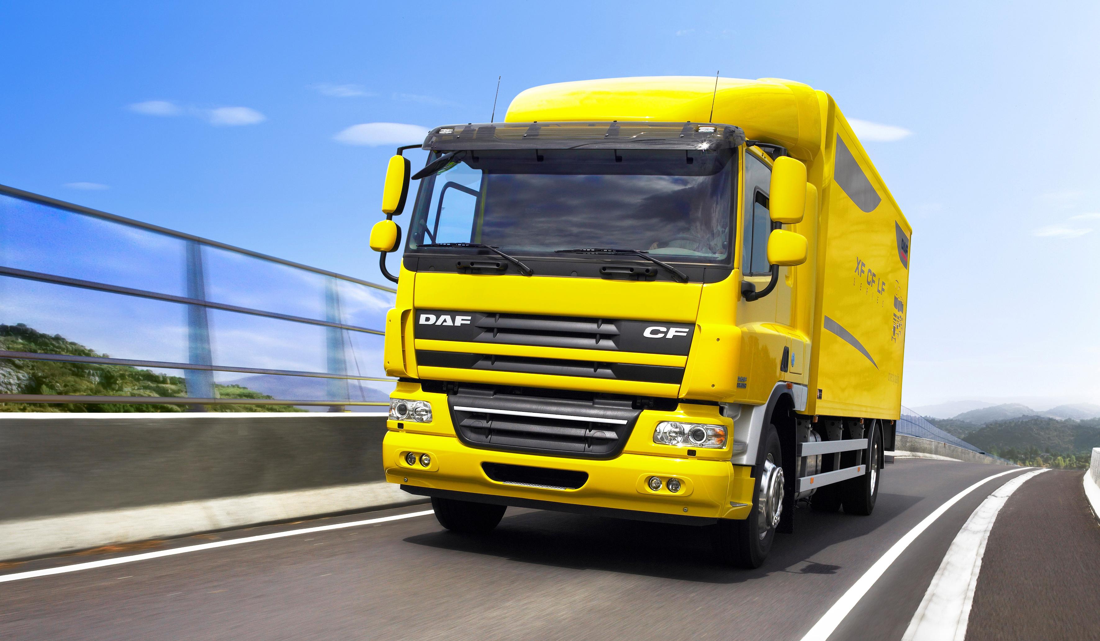 желтый грузовик  № 204797 загрузить