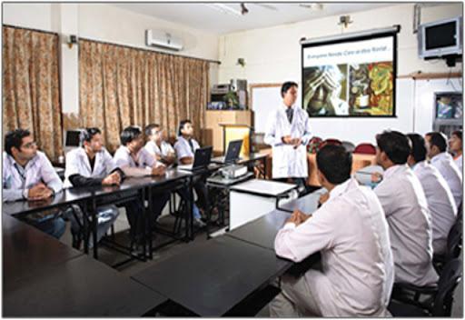 B.N. Pharmacy College, Azamgarh