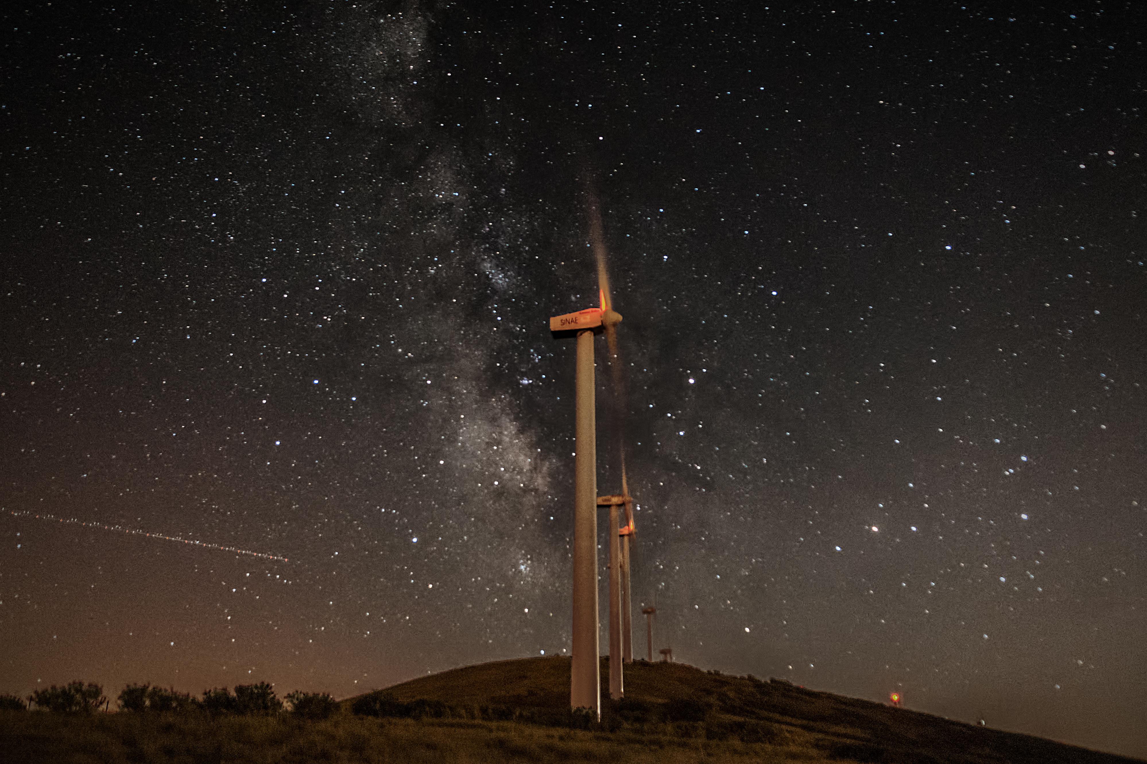 Vía de los molinos que fabrican estrellas V%C3%ADa%20l%C3%A1ctea%20molinos1