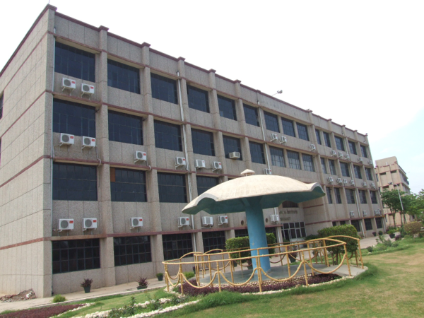 B. S. Anangpuria Institute Of Pharmacy, Faridabad