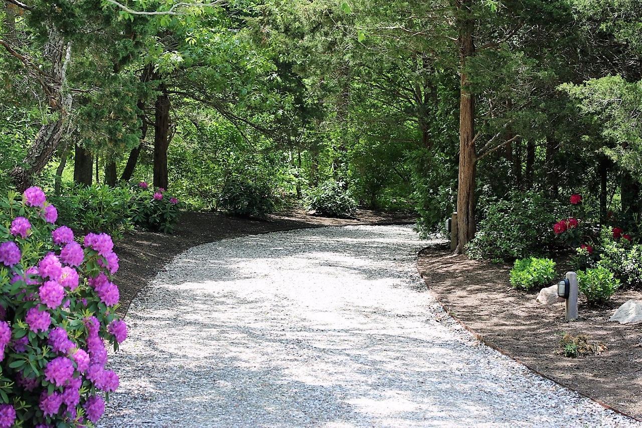 4 Rabbit Run Shell Driveway