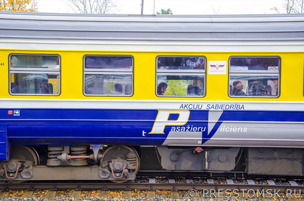 Вагон пассажирского поезда до Риги компании Pasažieru vilciens