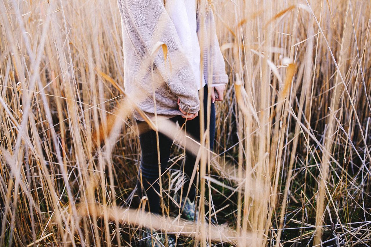 portretnaja-fotosessija-katja-v-osennem-lesu-svadebnyj-fotograf-arhangelska-d700