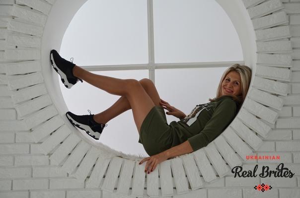 Photo gallery №2 Ukrainian lady Yuliya