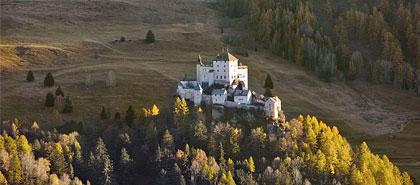 Das Schloss Tarasp im Unterengadin