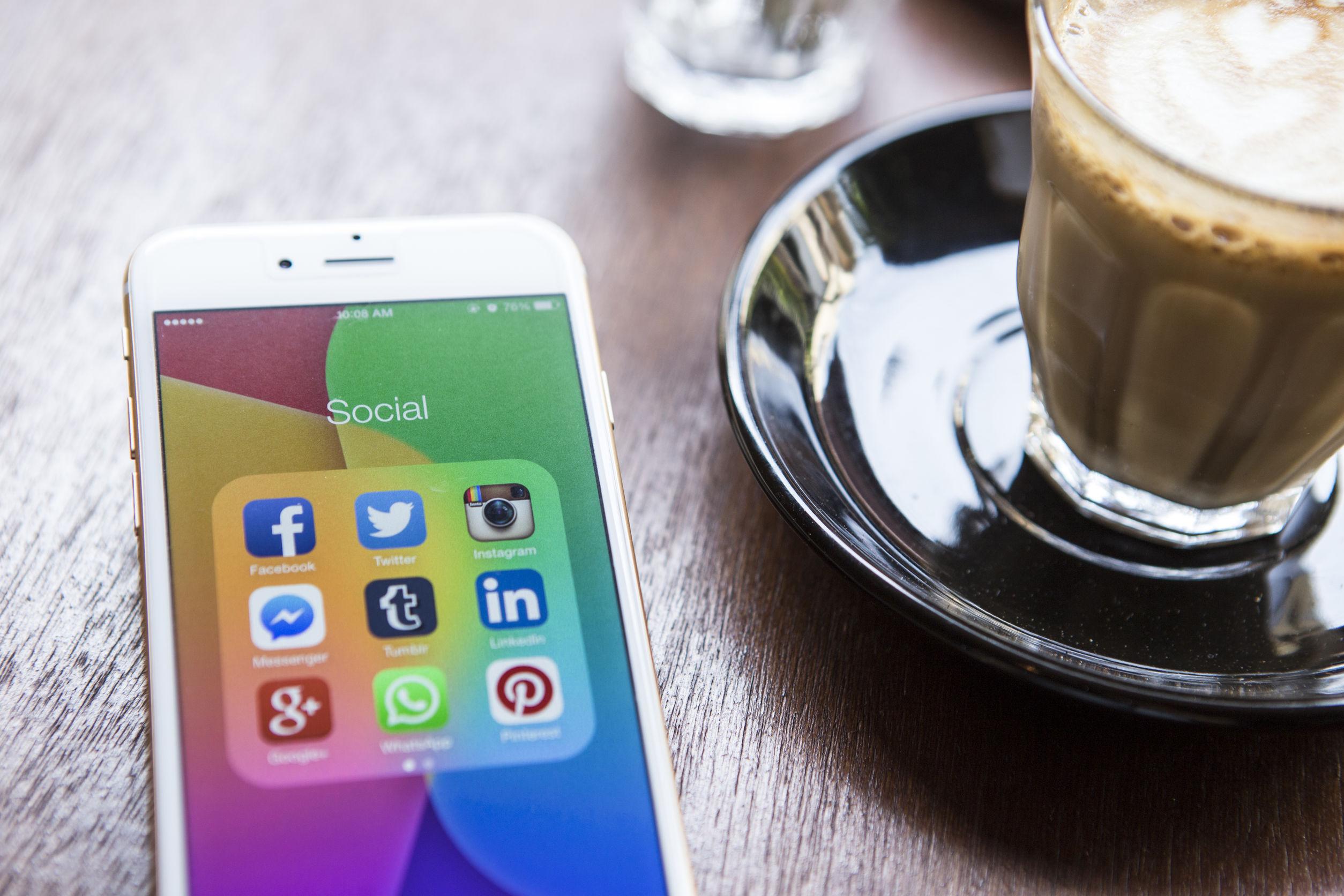 cara mengelola media sosial