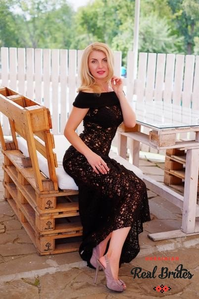 Photo gallery №3 Ukrainian women Larisa
