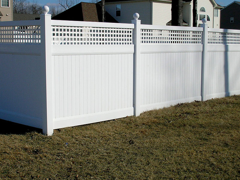 vinyl lattice fence Image