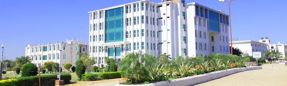 SR GROUP OF INSTITUTIONS, Jhansi