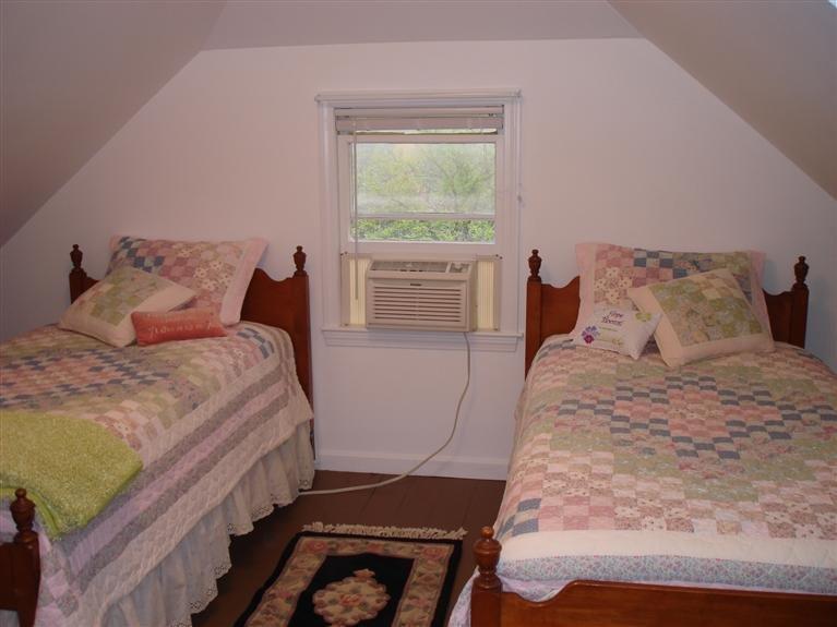 760 Campground Road 2nd Floor Bedroom