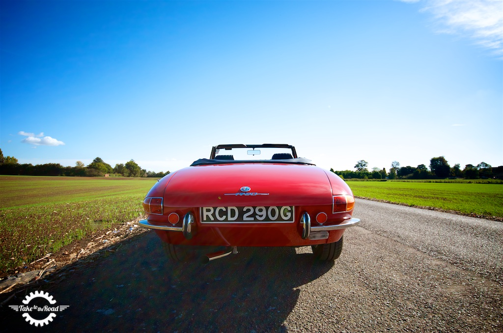 Take to the Road Video Feature Alfa Romeo 1750 Spider Veloce