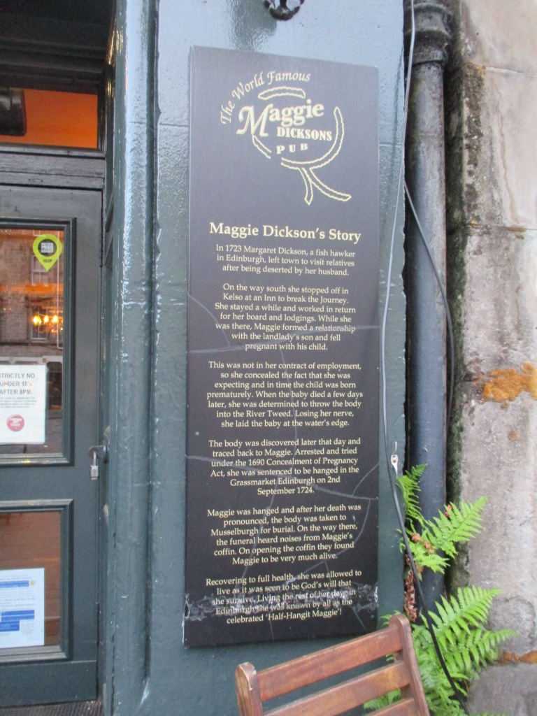 табличка с историей Мэгги Диксон