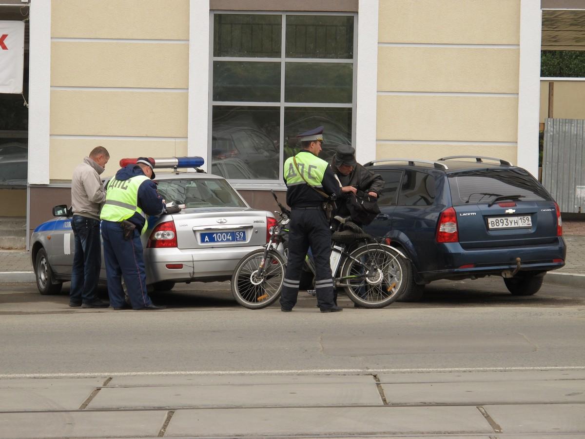 За что штрафуют велосипедистов?