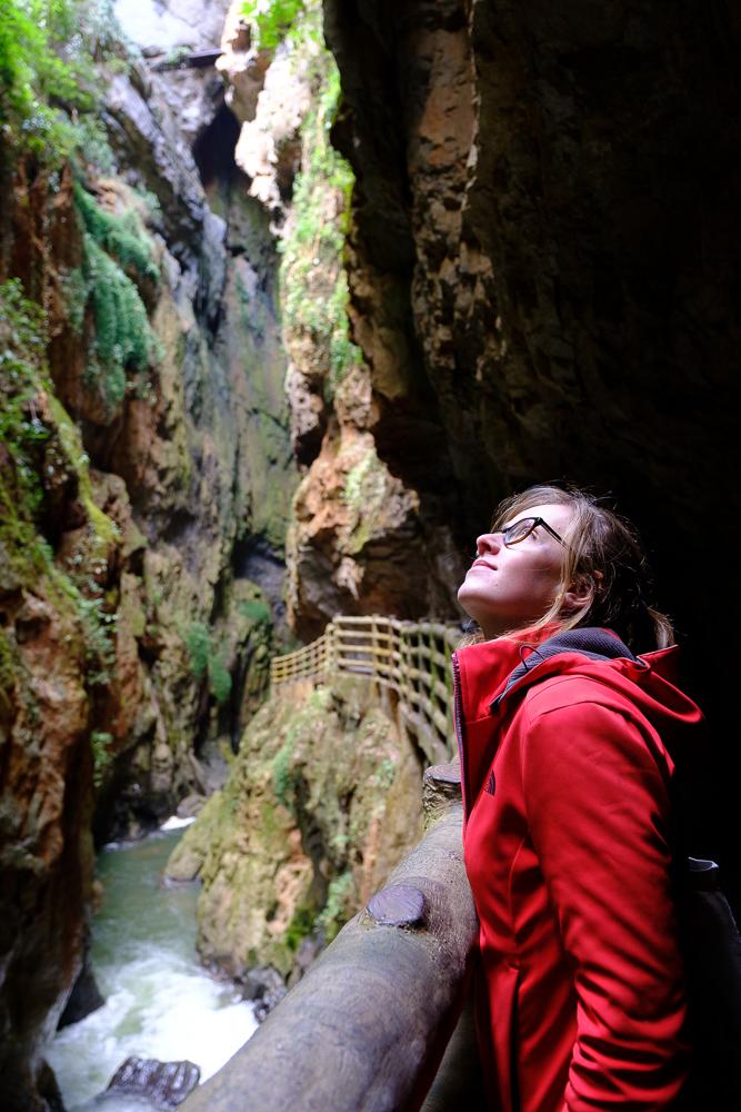 Op weg naar de Jiuxiang grotten
