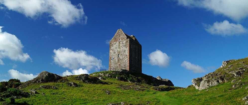 Башня Смайлхольм (Smailholm Tower)