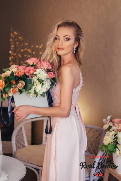 Photo gallery №6 Ukrainian lady Syzanna