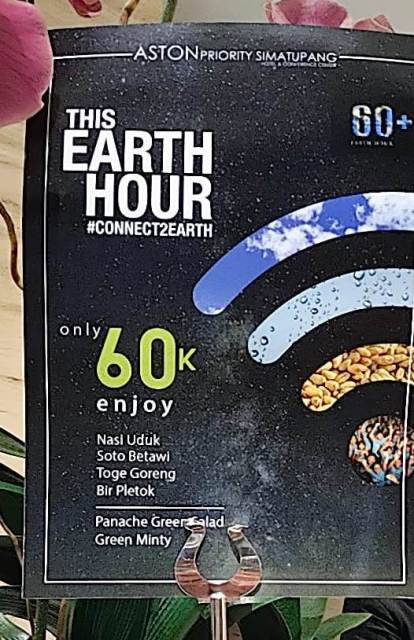 Earth Hour di Aston Priority Simatupang