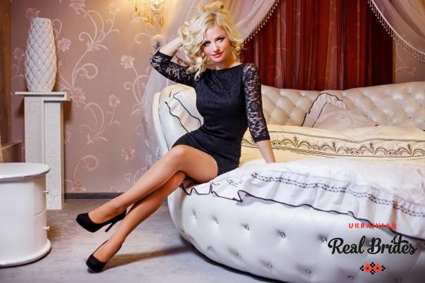 Photo gallery №10 Ukrainian women Larisa