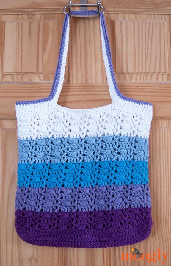 Wrapped Ombre Tote Bag Free Crochet Pattern  |  via Crochetrendy