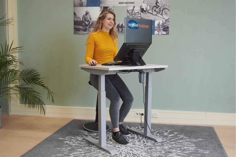 Klein Elektrisch zit-sta bureau - StudyDesk