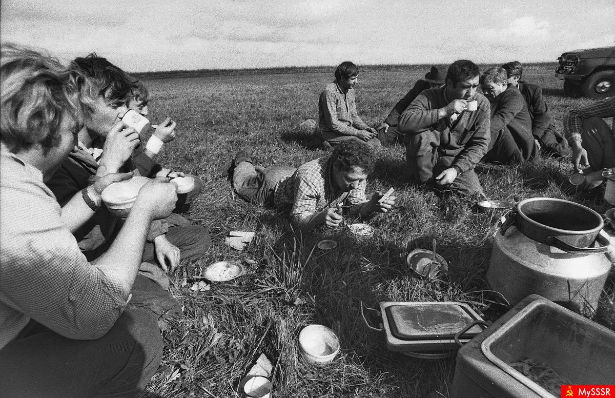 фото колхозников ссср долю родителей выпало