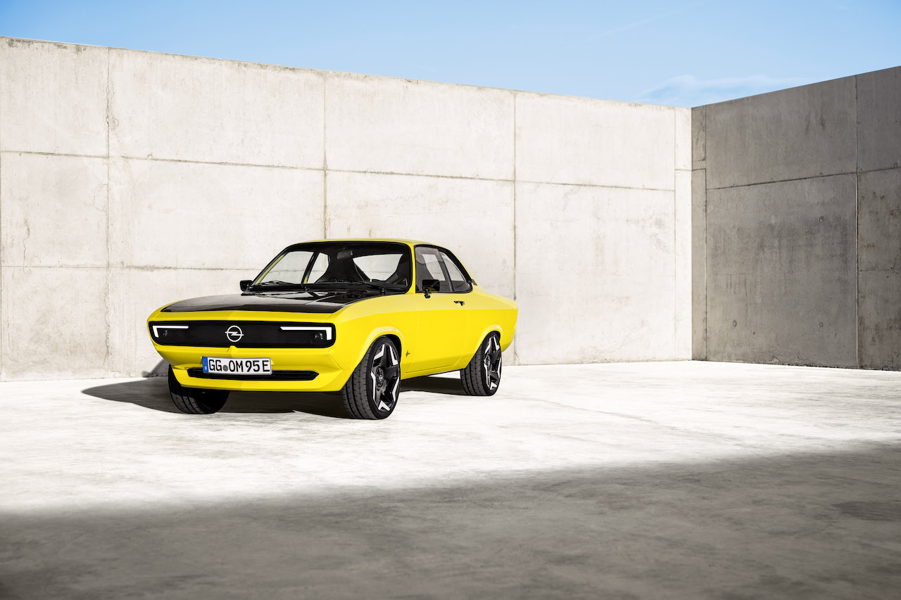 Opel unveils fully electric RestoMod Manta GSe