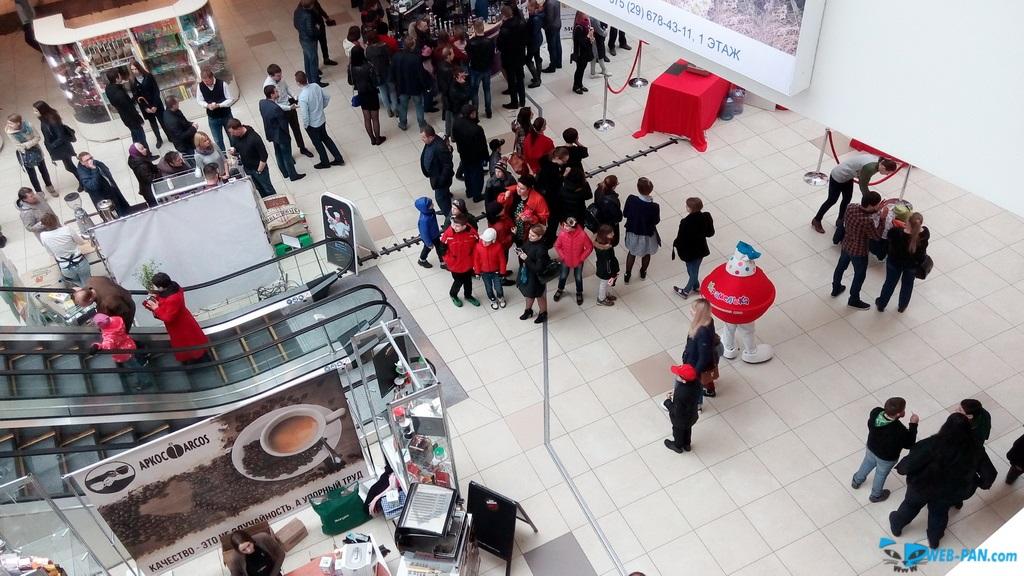 Кофейный праздник фото сверху, с парапета. Фото 7