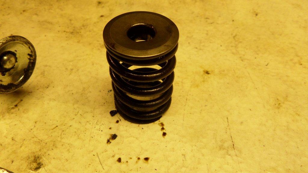 dl.dropboxusercontent.com/s/8deo9cu2fg7h431/Ventil%20fj%C3%A4der%20bild%206.JPG