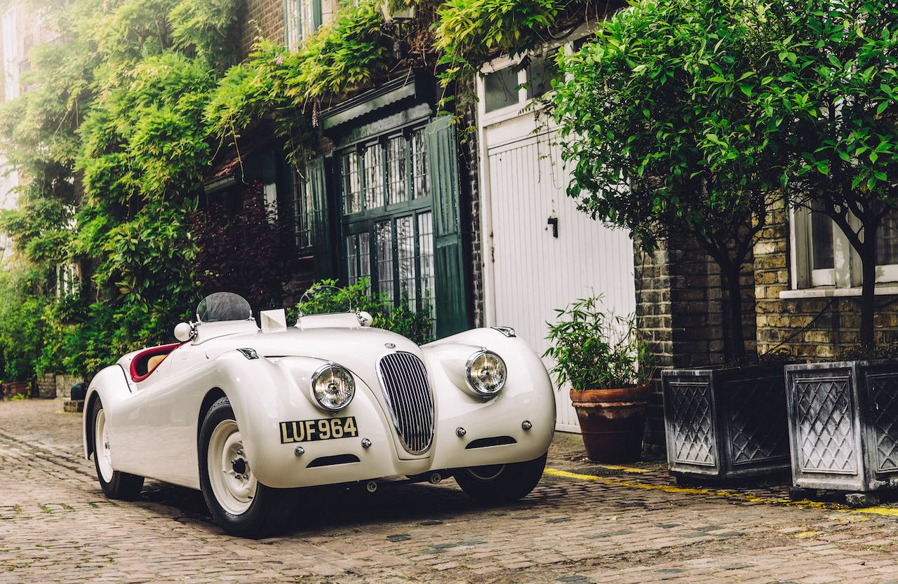 Concours of Elegance display to mark Queen's 95th Birthday