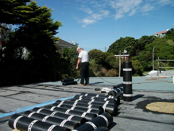 3PB and 3PM Grey being installed, click image for larger