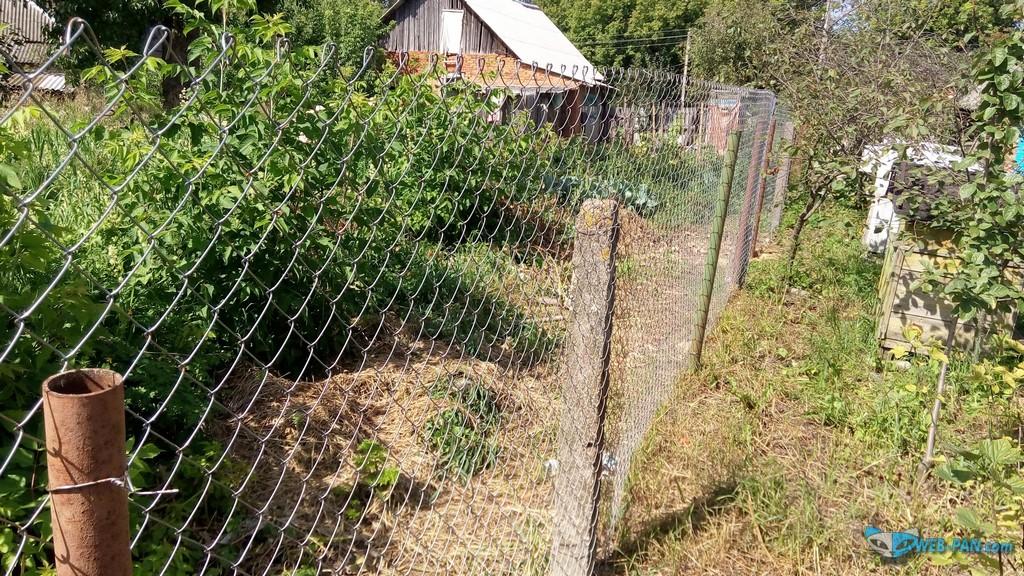Забор продолжается, монтаж и столбы!