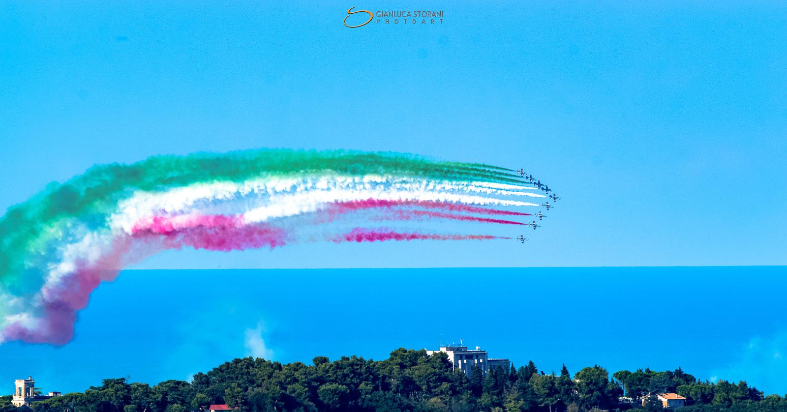 Fuga - Porto Recanati Air Show 2017 (ID: 4-0945)