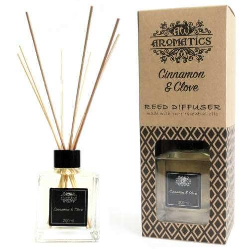 essential oil reed diffuser - cinnamon & clove