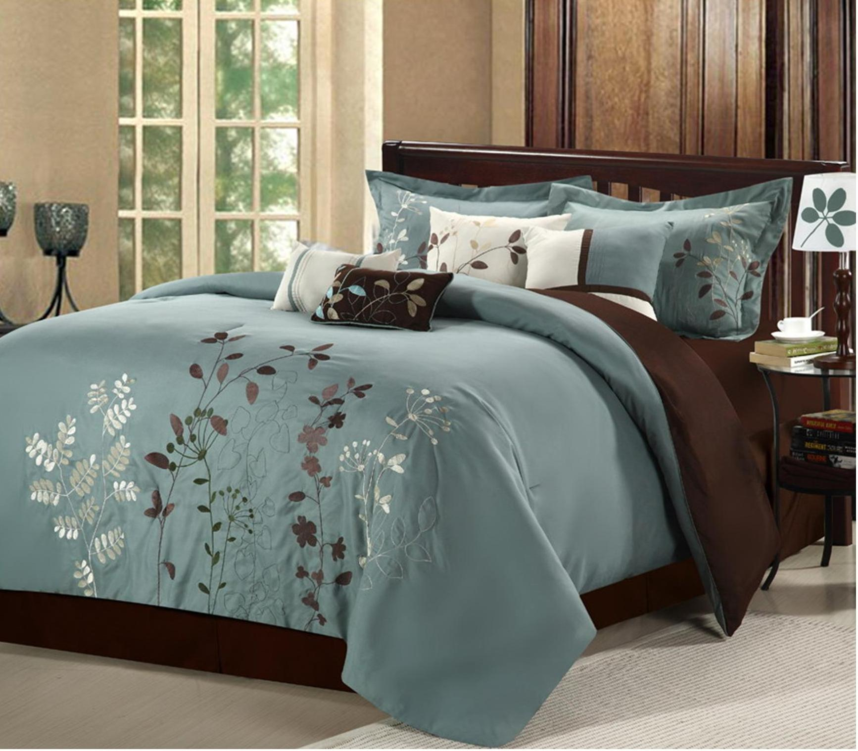 Chic Home Bliss Garden 12-Piece Bed-in-a-Bag Embroidered Comforter Set, Sage King