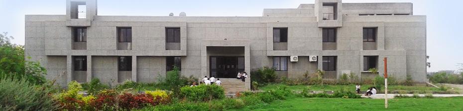 Shree Bachubhai Alabhai Dangar Homoeopathic Medical College Image