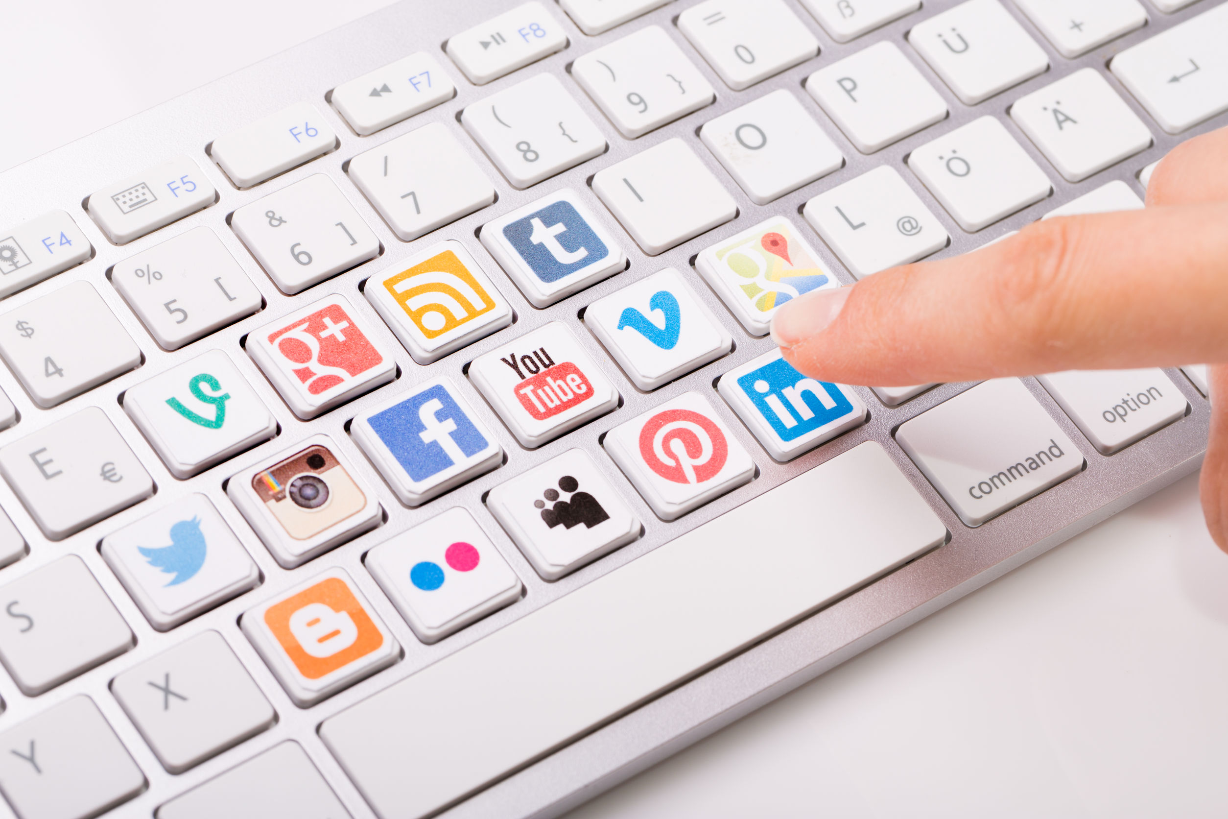 4 Cara Promosi Bisnis Melalui Media Sosial yang Tepat