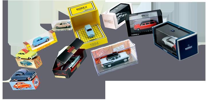 Près de 60 ans séparent la première miniature de dernière sortie et sensiblement autant de packagings différents les ont contenues. Ici, sur ces quelques boîtes, les logos ont évolué avec le temps bien que l'un d'eux revienne cycliquement. Cliquez pour afficher en HD