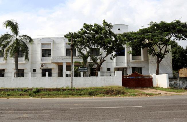 Sabari College Of Nursing, Image